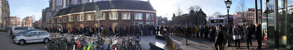 A long line to the Anne Frank House