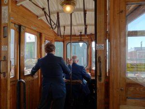 tramlijn-tram-driver