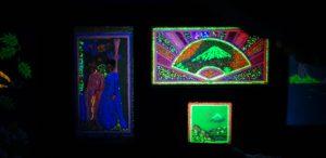 ladyland_fluorescent_art_3